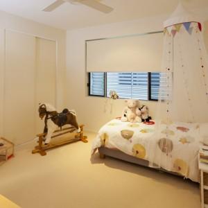 camera de copii cu rulouri textile