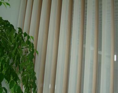 jaluzele verticale tip perdea